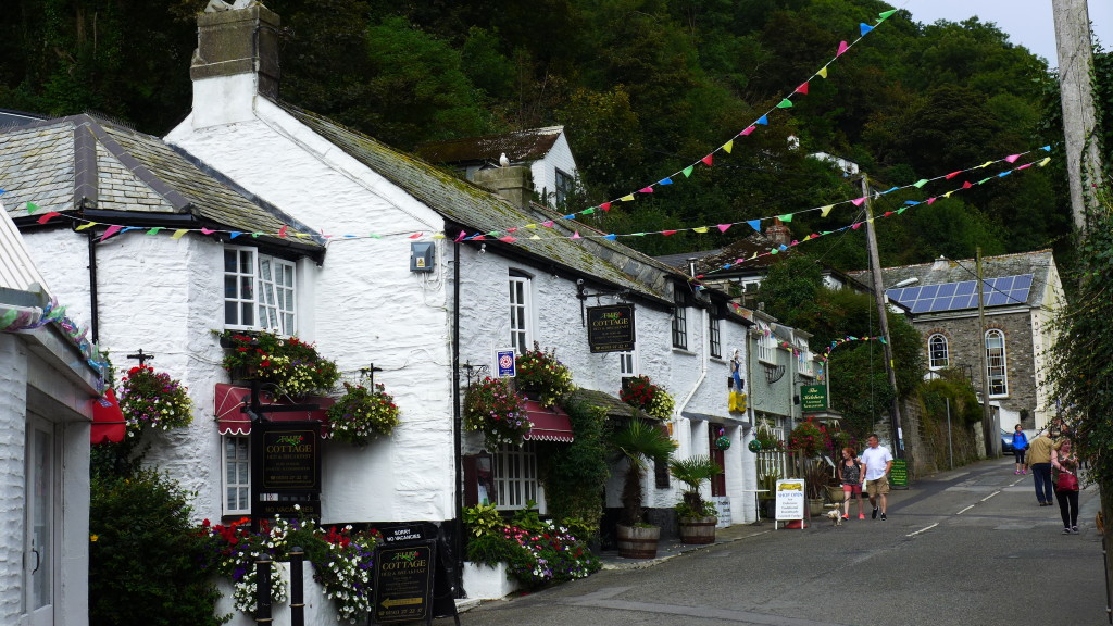 Polperro, Cornwall  Photograph:  GRACIE