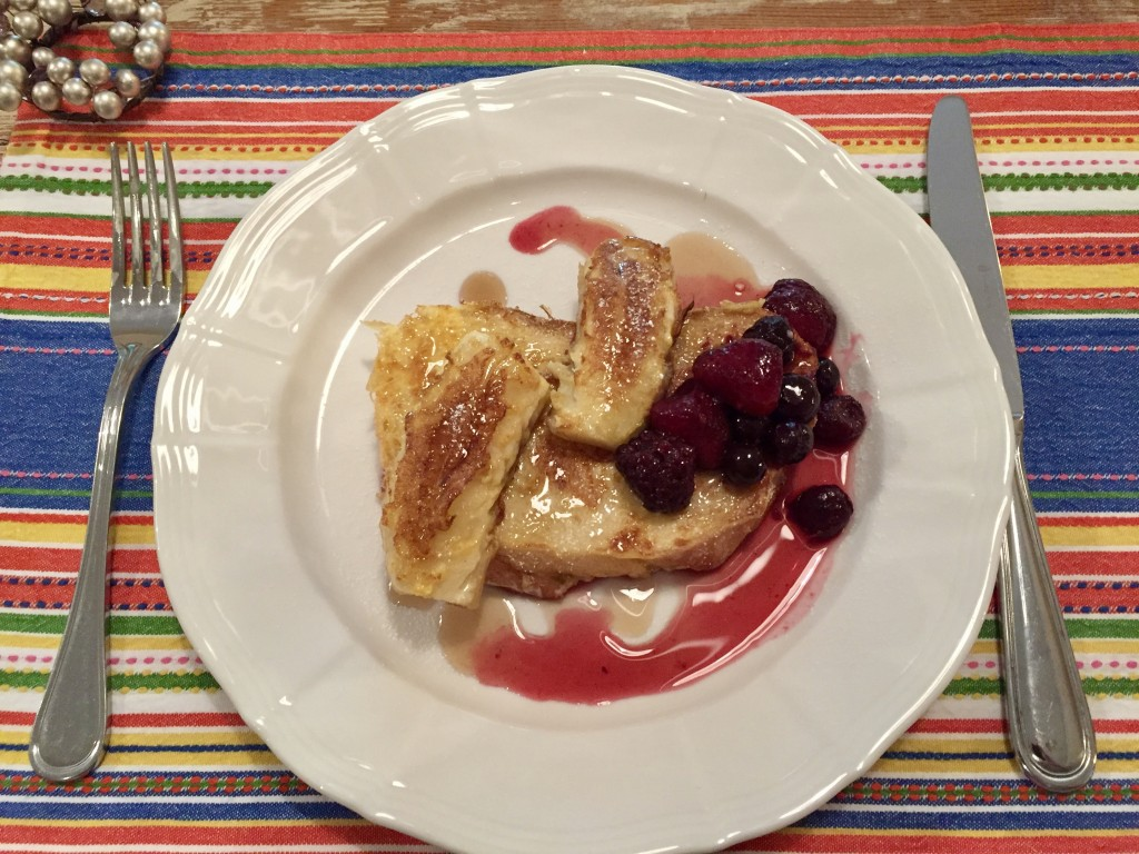 Berries with French toast  Photograph:  GRACIE