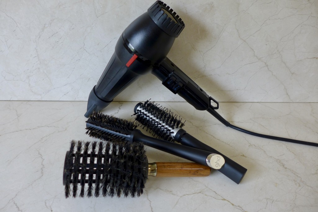 Barrel brushes come in various sizes and compositions   Photograph GRACIE